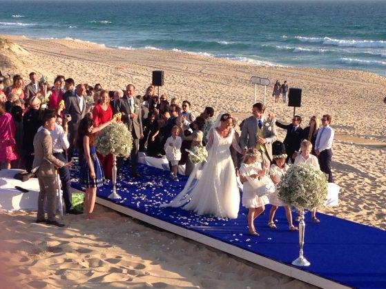 Mariage sur une plage avec Life Orchestra